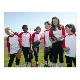 portrait d'équipe du base-ball de fille carte postale
