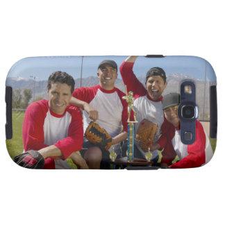 Portrait des hommes dans une équipe de baseball de étuis galaxy SIII