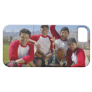 Portrait des hommes dans une équipe de baseball de coques Case-Mate iPhone 5