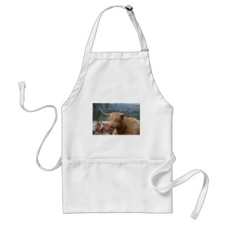 portrait of Highland Cattle Standard Apron
