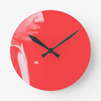 Portrait of President Barack Obama 38c Round Clock