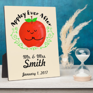 Positive Apple Pun - Appley Ever After Plaque