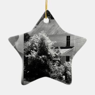Possum Poke home of Governor Chase S. Osborn Ceramic Star Ornament