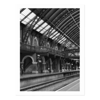 Postal card - Interior of the Station of the Light