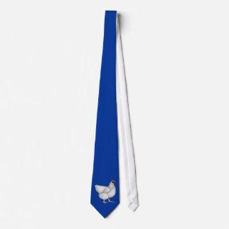 Poule de blanc d'Orpington Cravate