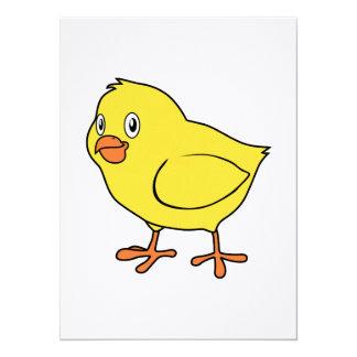 Poussin jaune heureux mignon carton d'invitation  13,97 cm x 19,05 cm