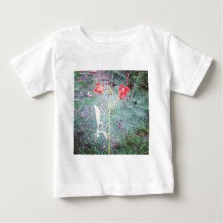 Praying mantis baby T-Shirt