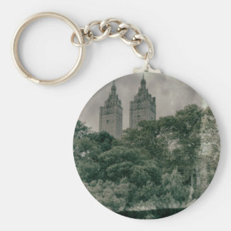 Pre-war architecture basic round button keychain