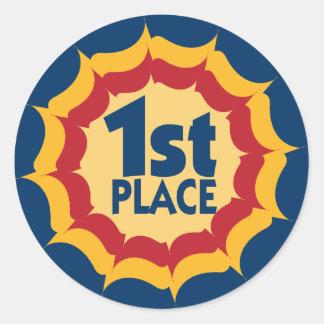 Premier gagnant de ruban d'endroit sticker rond