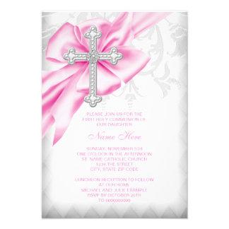 Première communion de croix rose de damassé invitations personnalisées