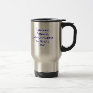 Préparation de professionnels dans des implants co mug de voyage en acier inoxydable