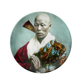 Prêtre vintage de Shinto de Japonais priant le Assiette En Porcelaine
