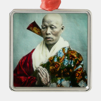 Prêtre vintage de Shinto de Japonais priant le Ornement Carré Argenté