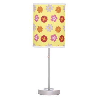Pretty Daisies Floral Yellow Flower Pattern Table Lamp