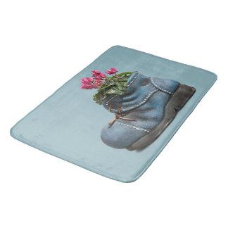 Pretty flower boot flower fancy   Bathroom mat