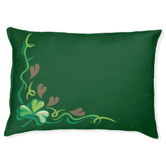 Pretty Irish Clover Pattern Pet Bed