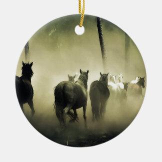 PRETTY LOOKING HORSES ROUND CERAMIC ORNAMENT