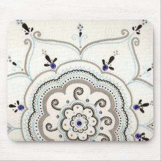 Pretty mandala mouse pad