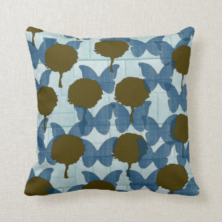 Pretty nature almofada with subject throw pillow