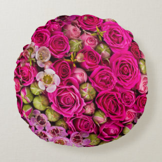 Pretty Pink Flower Image Round Pillow