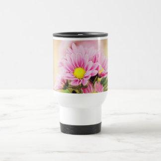 Pretty pink garden flowers travel mug