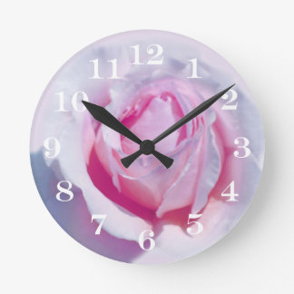Pretty Pink Rose Round Clock