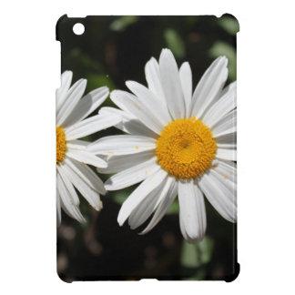 Pretty pure white daisy flowers iPad mini cases