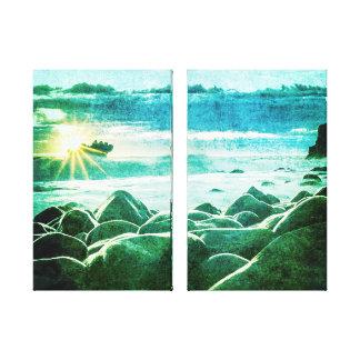 Pretty Sunrise Rocky Beach Ocean Scene Canvas Print