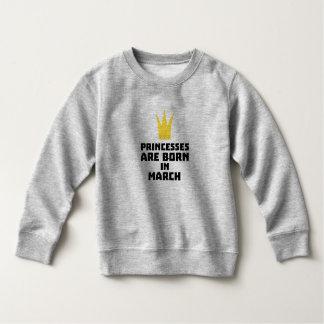 Princesses are born in MARCH Zhv17 Sweatshirt