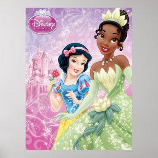 Princesses de Disney : Blanc et Tiana de neige Poster