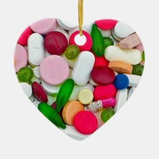 Produit coloré de coutume de pilules ornement cœur en céramique