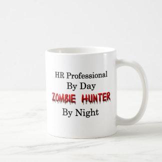 Professionnel d'heure/chasseur de zombi mug blanc