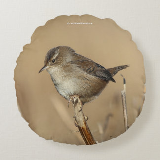 Profile of a Beautiful Marsh Wren Round Pillow