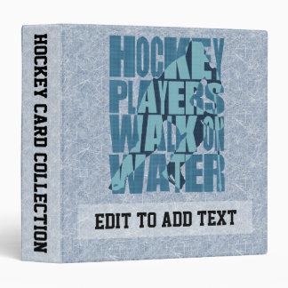 Promenade de joueurs de hockey sur la reliure à classeurs 3 anneaux