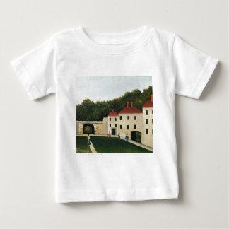 Promeneurs dans un Parc by Henri Rousseau Baby T-Shirt