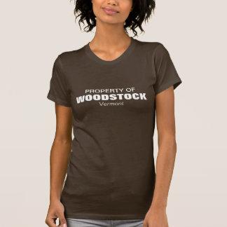 Propriété de Woodstock, Vermont Tee-shirts