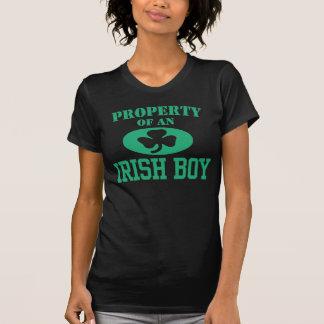 Propriété d'un garçon irlandais t shirt