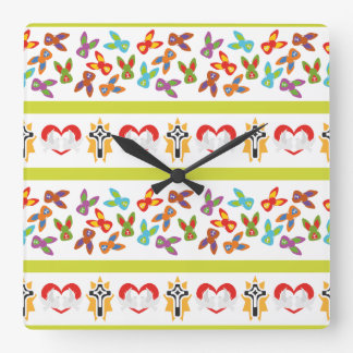 Psycho Easter Pattern colorful Wall Clock