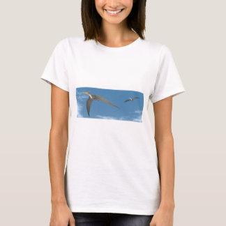 Pteranodon dinosaurs flying - 3D render T-Shirt