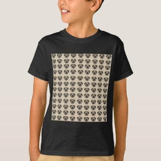pug tile bg T-Shirt
