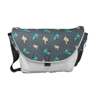 Pugs' Pattern, Dogs Rule! Messenger Bags