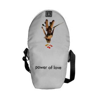 puissance de l'amour besace