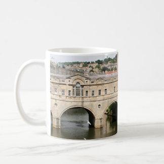 Pulteney Bridge, Avon River,Bath, England Classic White Coffee Mug