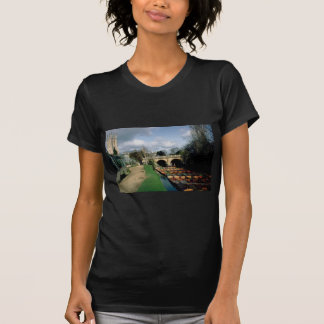 Punts on the River Cherwell at Magdalen Bridge Tshirts
