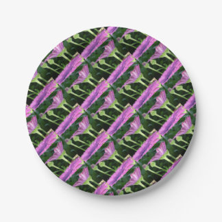Purple And Pink Daisy Flower in Full Bloom 7 Inch Paper Plate