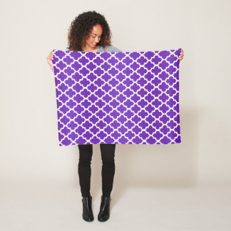 Purple and White Quatrefoil Pattern Fleece Blanket