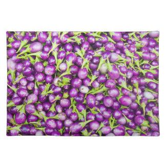 Purple aubergines placemat