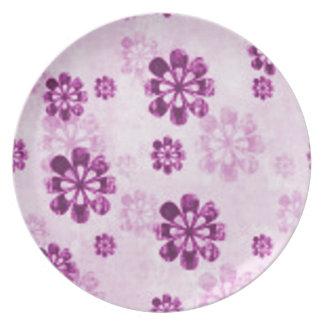 Purple Daisy Floral Grunge Dinner Plate