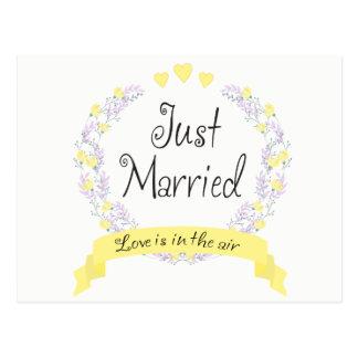 Purple Floral Just Married Wedding Heart Flowers Postcard