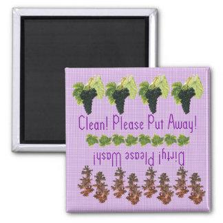 Purple Grapes dishwasher magnet